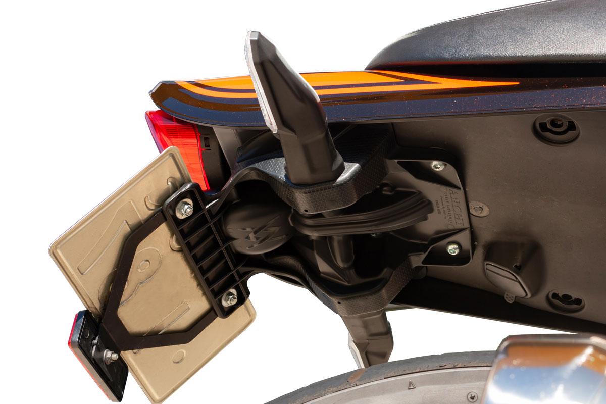 記事 ≪Z900RS専用 スライトリアフェンダー完成≫のアイキャッチ画像